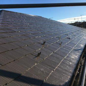 雨漏りした部屋の上の屋根を補修しました